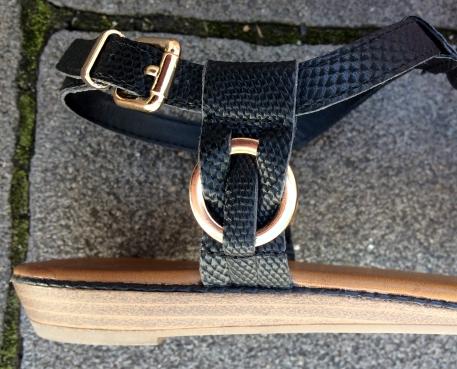 Sandalette1
