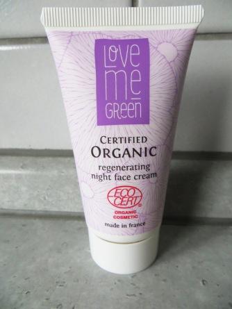 love-me-green-2