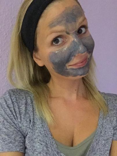 Gesichtsmaske8